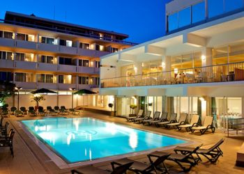 Hotel Londres 3 * (Estoril)