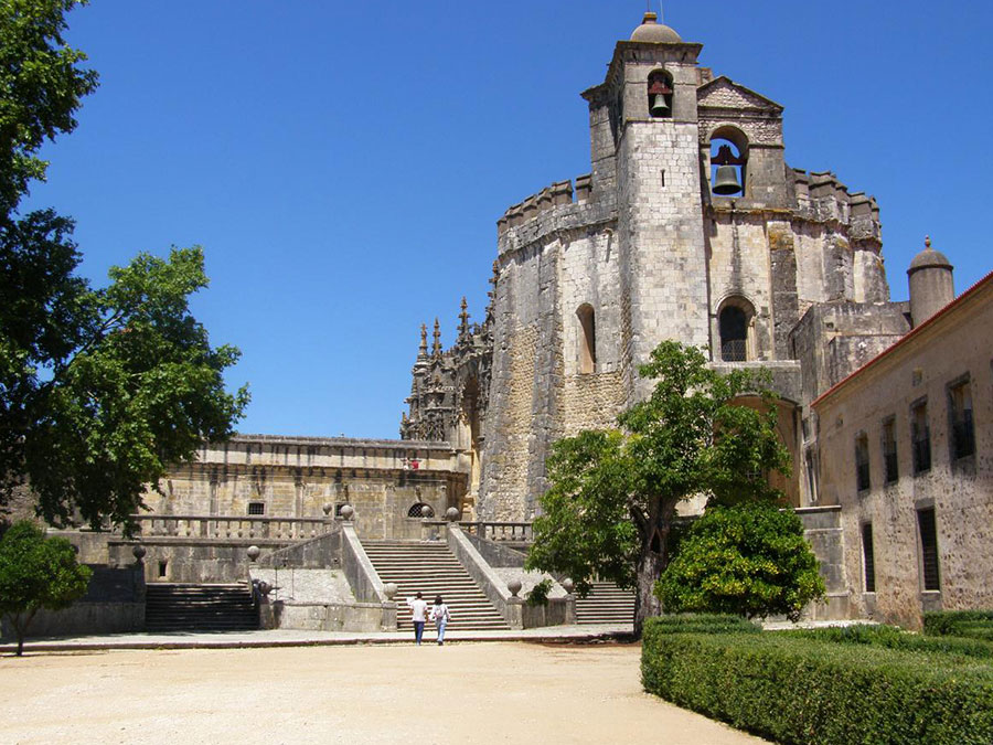 Full Day Tour in Tomar and Fatima