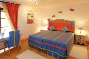 Villa M6 - Bed Room 3 red
